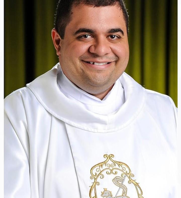 Morre em Campina Grande o padre Hachid Ilo, por complicações da Covid-19