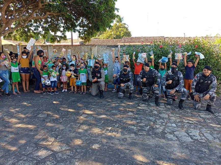 Polícia Militar realiza operação Criança Feliz na cidade de Mari, na PB